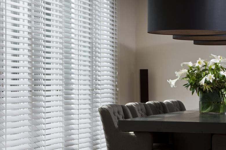 JASNO blinds living room white
